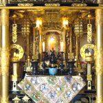 伝統的工芸品の彦根金仏壇が完成。4尺三方開き、浄土真宗本願寺派。三重県四日市市のお客様