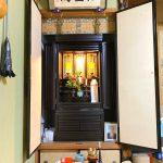 上質で落ち着いた雰囲気の本黒檀 扉無垢の国産仏壇をご購入いただきました。浄土真宗本願寺派、彦根市のお客様